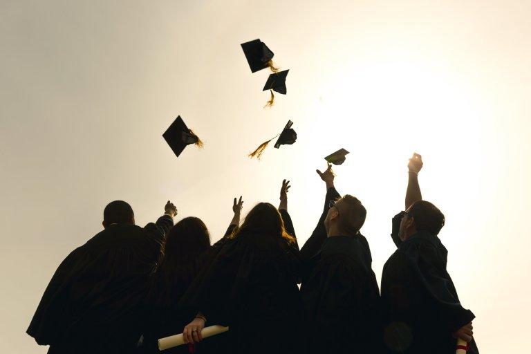 大学生の副業の選び方